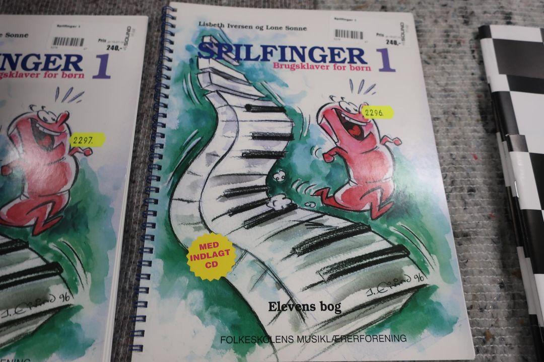 Noder Medier Dansk Sang Spilfinger 1 Auktionshuset Dab A S